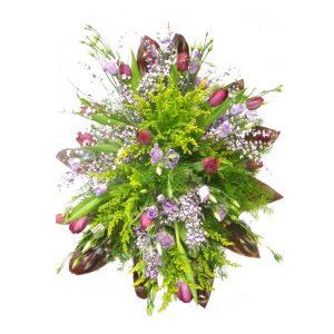 Wieniec pogrzebowy w pastelowych kolorach z lilii
